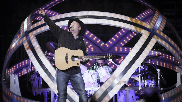 Garth Brooks Announces Live Return to Minneapolis