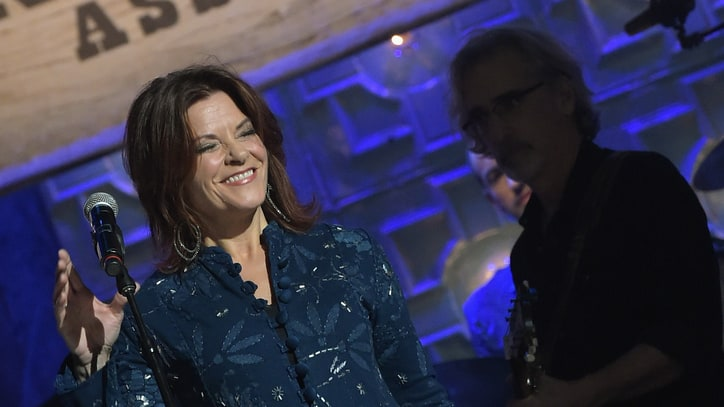 Rosanne Cash Plots New Tour, Receives Performing Arts Award