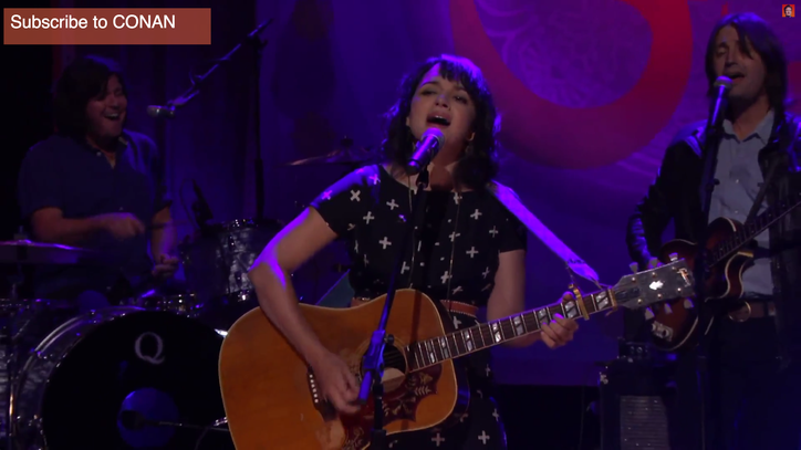 Watch Norah Jones Deliver Tasteful George Harrison Cover on 'Conan'