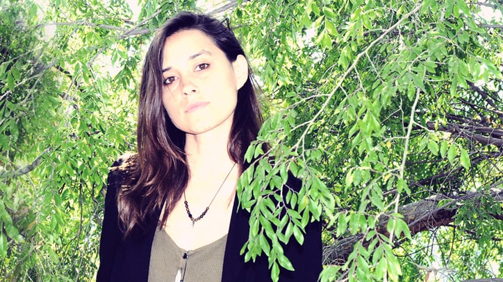 Warpaint's Theresa Wayman Turns Down and Grunges Up