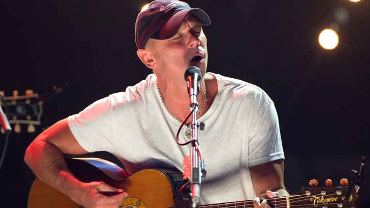 Kenny Chesney Tops Country Charts With 'Revival'