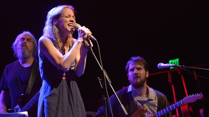 Fiona Apple Teases Haunting New Music for 'The Affair'