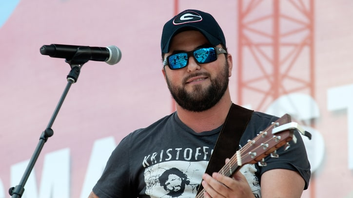 Tyler Farr Toasts Guys Who Walk Into Bars