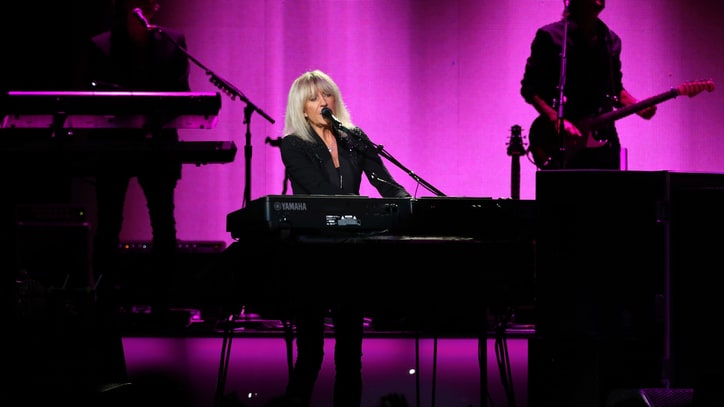 Fleetwood Mac 'Float on a Cloud' at Euphoric Madison Square Garden Gig