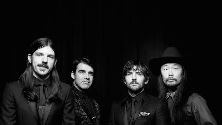 The Avett Brothers Announce Their Third Legendary Giveback Concert