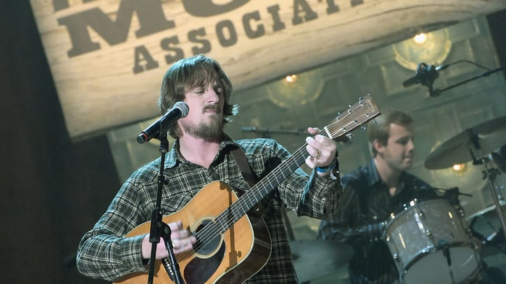 Watch Sturgill Simpson Cut Live Song in Historic Nashville Studio