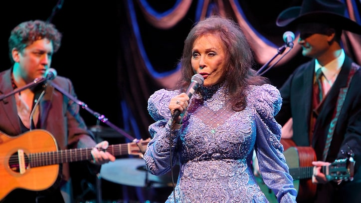 Loretta Lynn Comes 'Home' to Nashville's Historic Ryman Auditorium