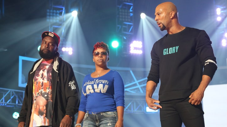 Common Brings Michael Brown's Parents Onstage During BET Hip-Hop Awards