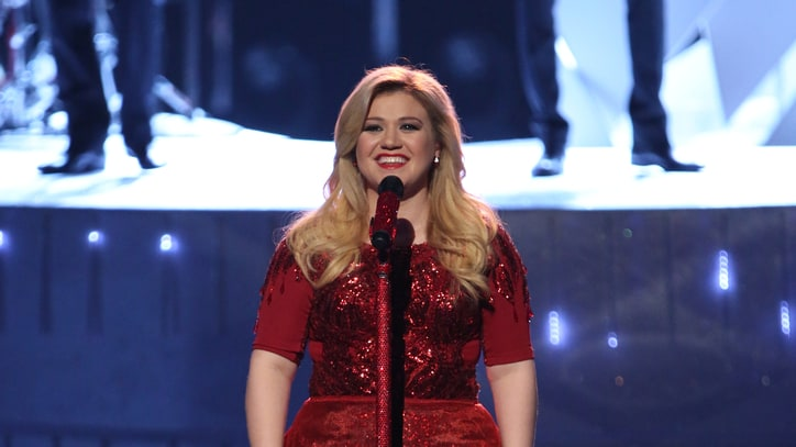Kelly Clarkson Recruits Famous Friends for 'Miracle' Nashville Show