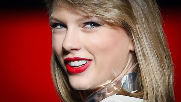 Can Taylor Swift's '1989' Save Ailing Music Industry?