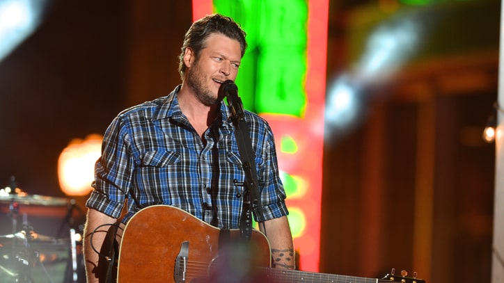 Blake Shelton Is First Country Act to Top Billboard's Artist 100 Chart