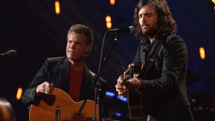 Flashback: Watch Randy Travis Duet With the Avett Brothers