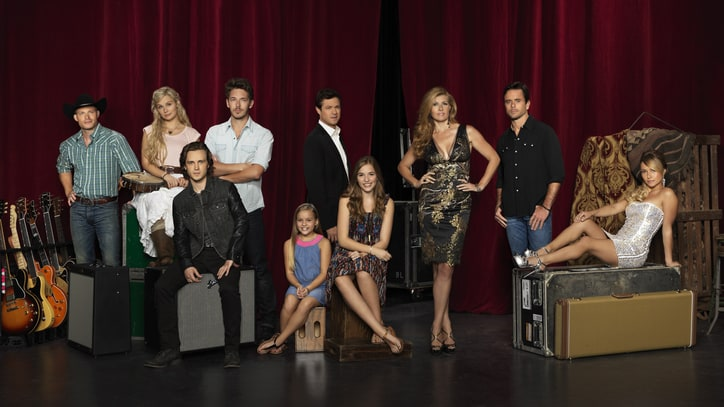 'Nashville' Cast to Release Christmas Album