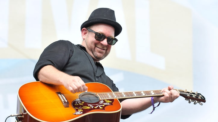 Watch Kristian Bush Bust Sweet Dance Moves in 'Trailer Hitch'