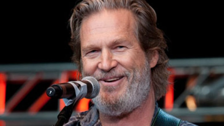 Digest: Jeff Bridges to Record Album; Animal Collective Announce Summer Tour