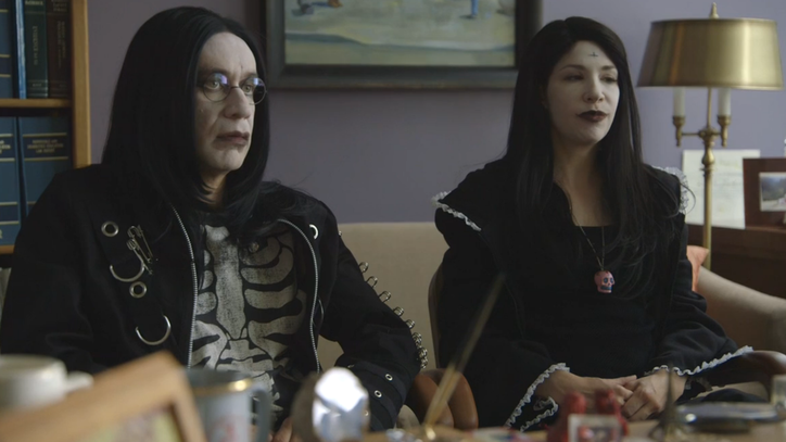 Fred Armisen and Carrie Brownstein Prep Their Funerals in New 'Portlandia' Clip