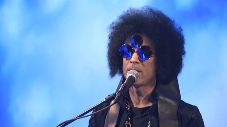 Watch Prince's Incredible Eight-Minute 'SNL' Medley
