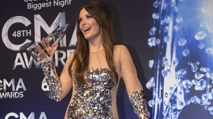 10 Things You Didn't See on the 2014 CMA Awards