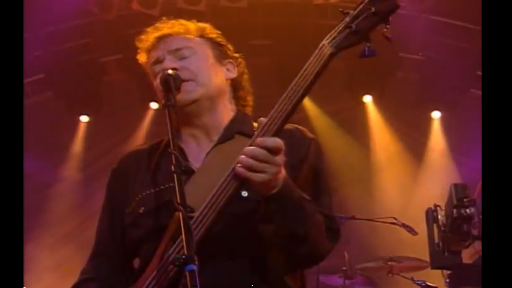 Watch Jack Bruce Play a Heavy 'Sunshine of Your Love' in 1993