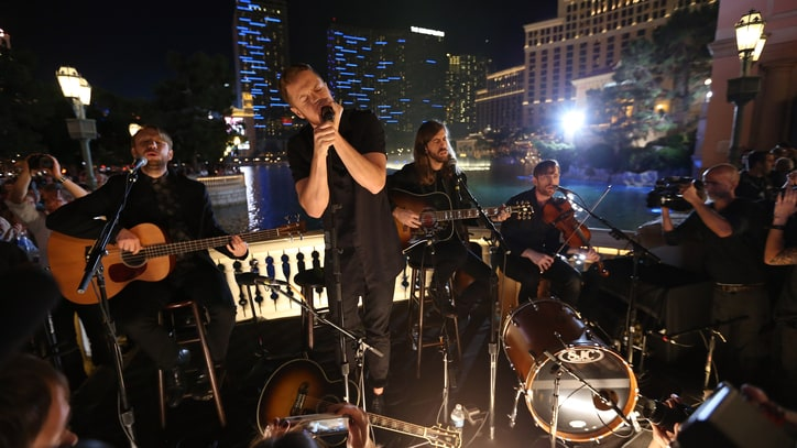 Watch Imagine Dragons Surprise a Crowd on a Vegas Street