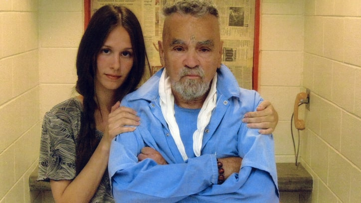 The 10 Most Infamous Murderers Who Married in Prison