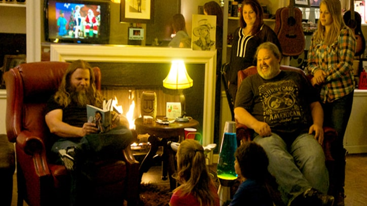 Jamey Johnson Previews Surprise Christmas EP and Reveals New Indie Direction