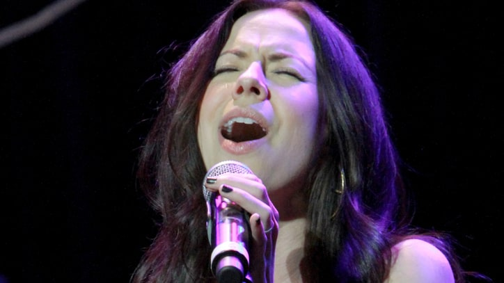 Watch Former Civil Wars Singer Joy Williams Duet With Paramore's Hayley Williams