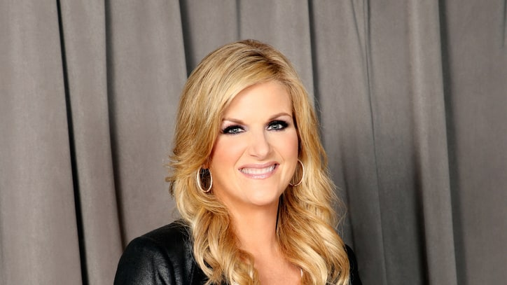 Trisha Yearwood On Family, Food, 'PrizeFight'-ing, and Touring With Garth