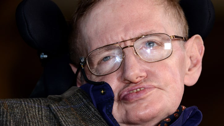 Stephen Hawking Wants to Be a James Bond Villain