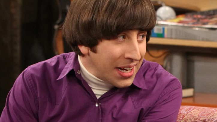 Q&A: 'The Big Bang Theory' Star Simon Helberg Dishes on Tonight's Season Finale