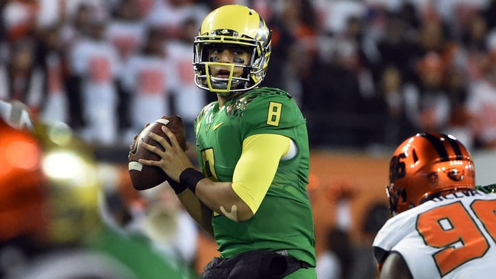 Can Marcus Mariota Break the Heisman Curse?