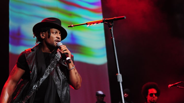 Hear D'Angelo's Brassy, Funky New Track 'Sugah Daddy'