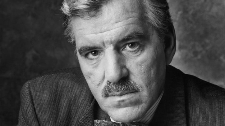 Actor Dennis Farina Dead at 69