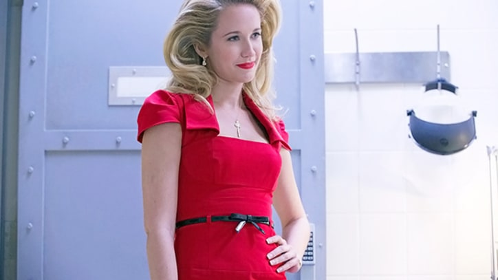 Q&A: Anna Camp of 'True Blood' on Sarah Newlin's Transformation