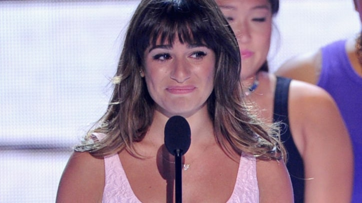 Lea Michele Dedicates Teen Choice Award to Cory Monteith