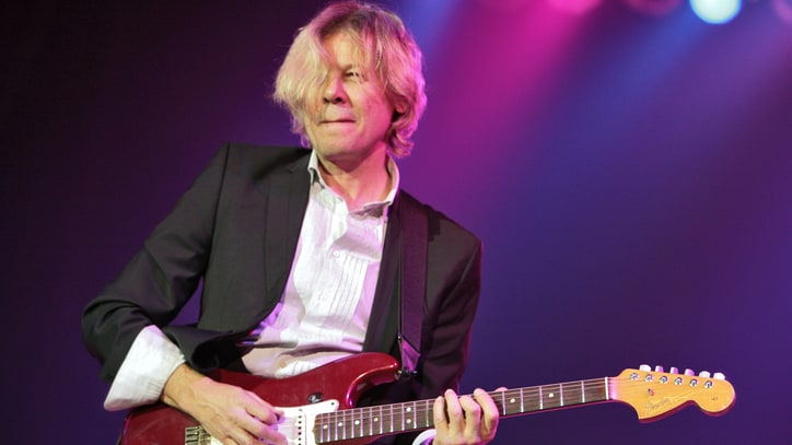 Rod Stewart Sideman and Jazz Guitarist Jeff Golub Dead at 59