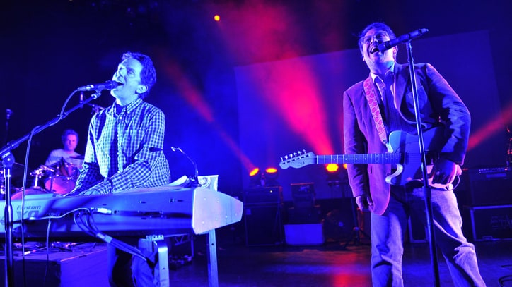 They Might Be Giants Resurrect Dial-A-Song in 2015