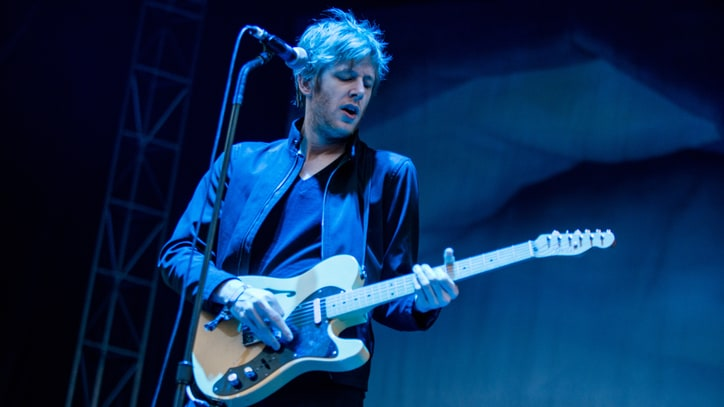 Watch Spoon Perform Catchy, Jangly New Song 'Satellite'