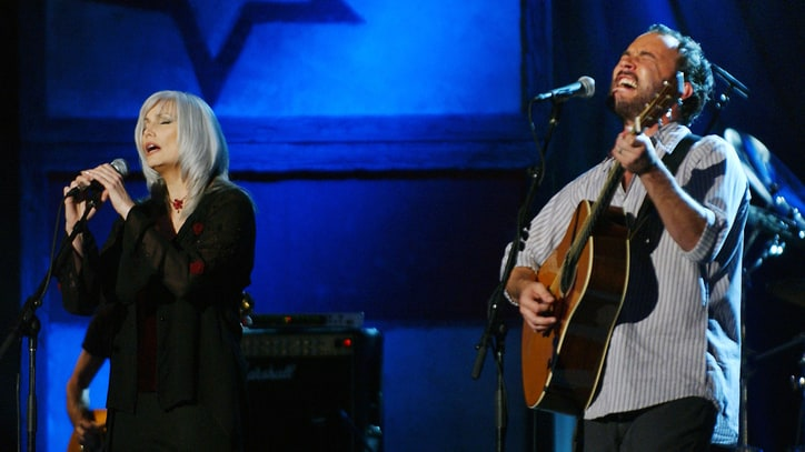 Flashback: Dave Matthews Salutes Cash in Haunting Duet With Emmylou Harris