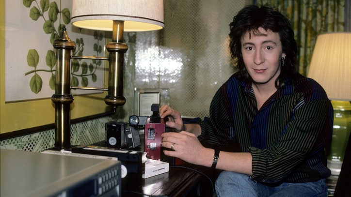 Julian Lennon: Here Comes the Son