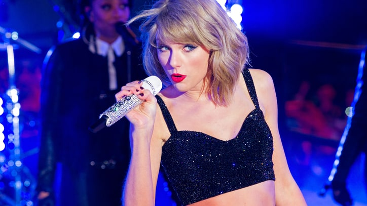 On the Charts: Taylor Swift's '1989' Is Becoming This Year's 'Frozen'
