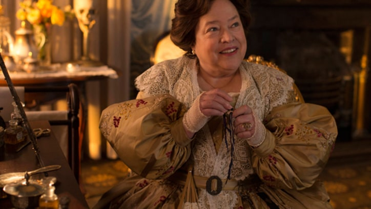 Kathy Bates Brings Hell to 'American Horror Story'