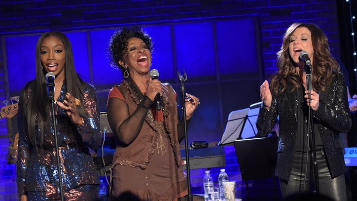 Gladys Knight, Martina McBride, Estelle Harmonize on 'Skyville Live'