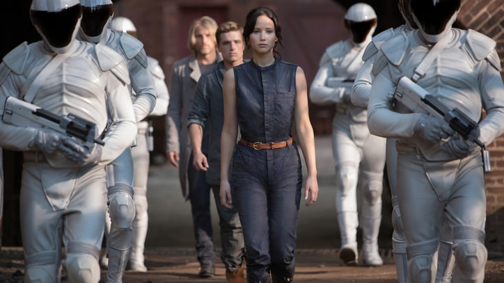 'Hunger Games' Victory Rings Hollow for Katniss in Clip