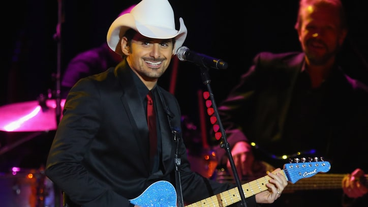 Flashback: Watch Brad Paisley Play for Obama