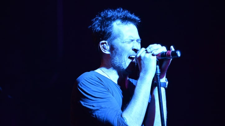 Scott Weiland Does Not Seem Happy to Be in New Supergroup
