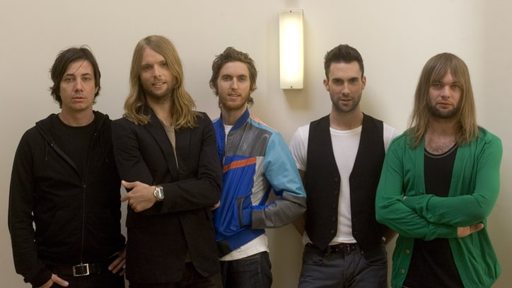 Maroon 5: At the Corner of Hollywood & Heartbreak
