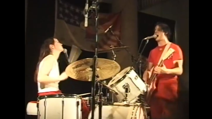 Flashback: The White Stripes Cover Loretta Lynn's Gutsy 'Rated X'