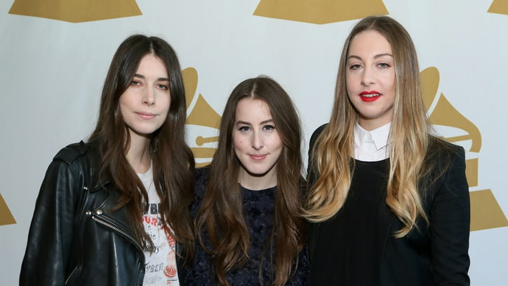 Taylor Swift Recruits Haim for Select 1989 Tour Dates