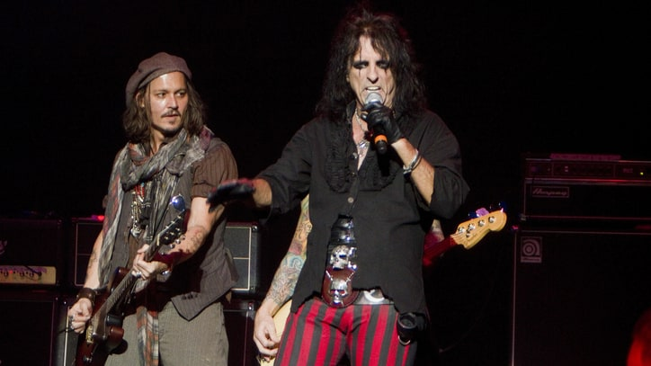 Alice Cooper on Playing With Johnny Depp: 'He Never Makes It About Him'